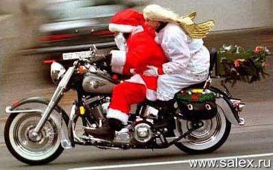 дед Мороз со Снегурочкой на мотоцикле